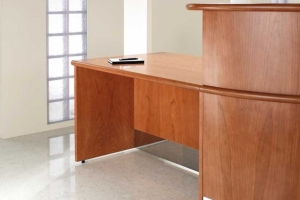 Fulcrum Classic Reception Desk DDA compliant
