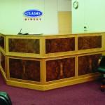 Le-Al reception desk